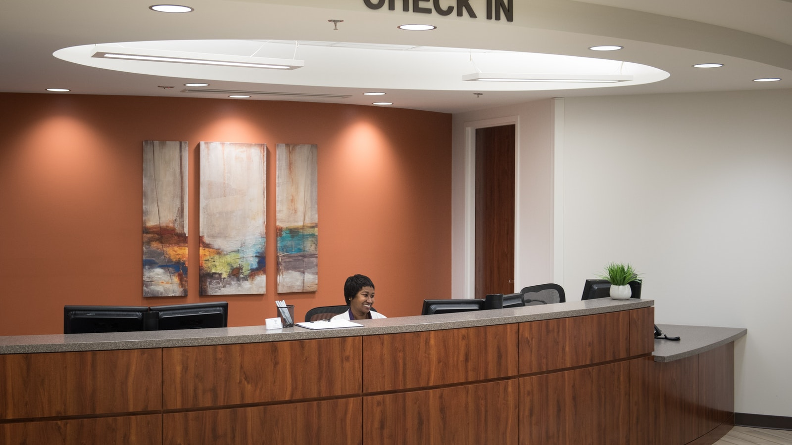 Check-in desk at Semmes Murphey
